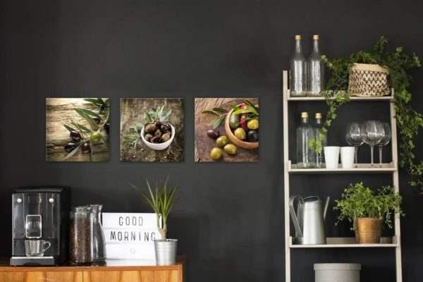 Glasbild Auswahl Oliven in der Küche