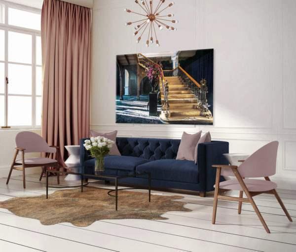 Glasbild Blue Curtain im Wohnzimmer