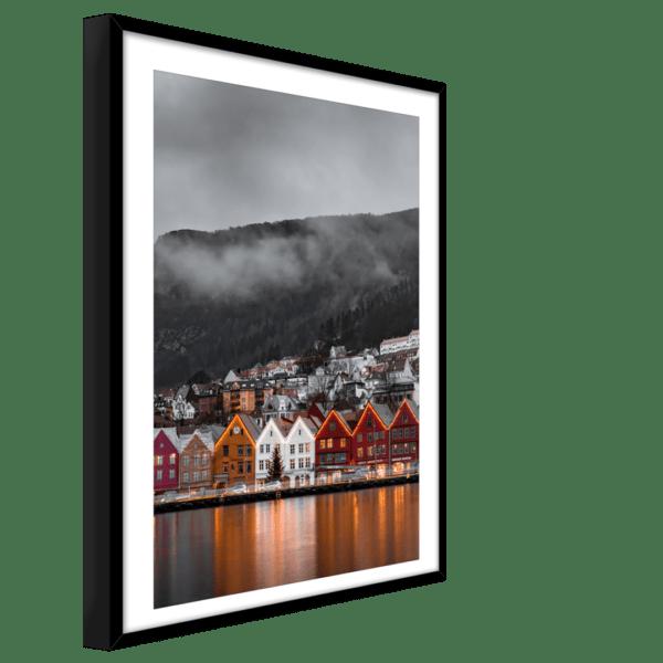 Rahmenbild Bergen Ansicht schräg