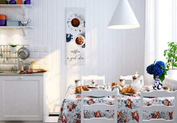 Glasuhr White Coffee in der Küche