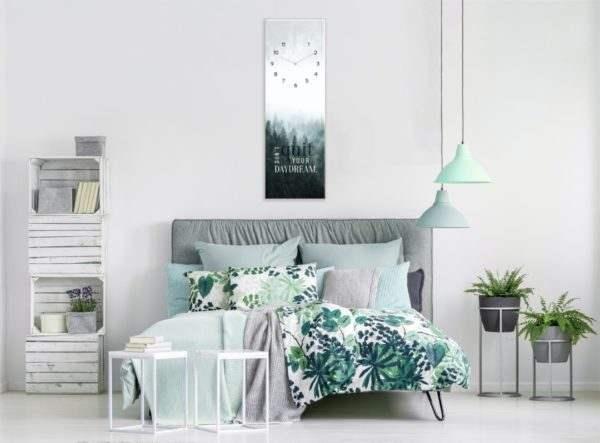Glasuhr Daydream im Schlafzimmer