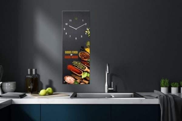Glasuhr Good Food in der Küche