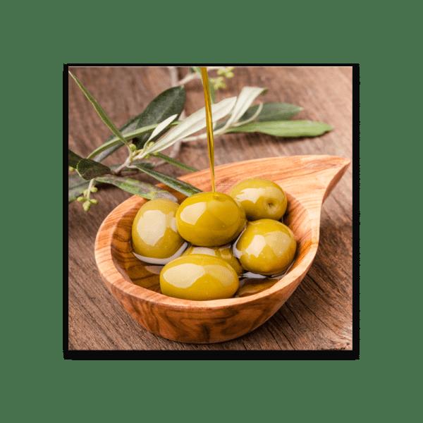Glasbild Bowl of Olives