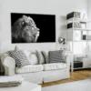 Glasbild Lion im Wohnzimmer