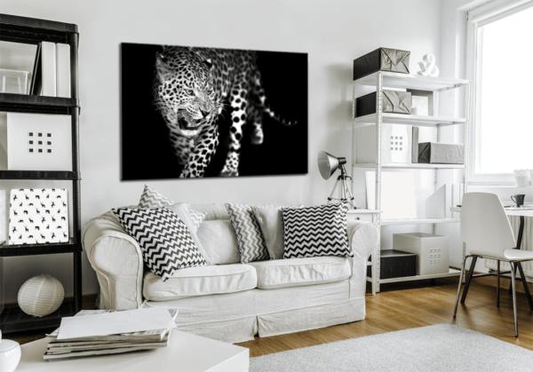 Glasbild Leopard im Wohnzimmer