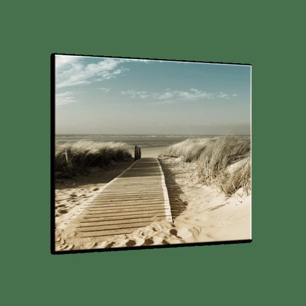 Glasbild Steg am Strand Ansicht schräg