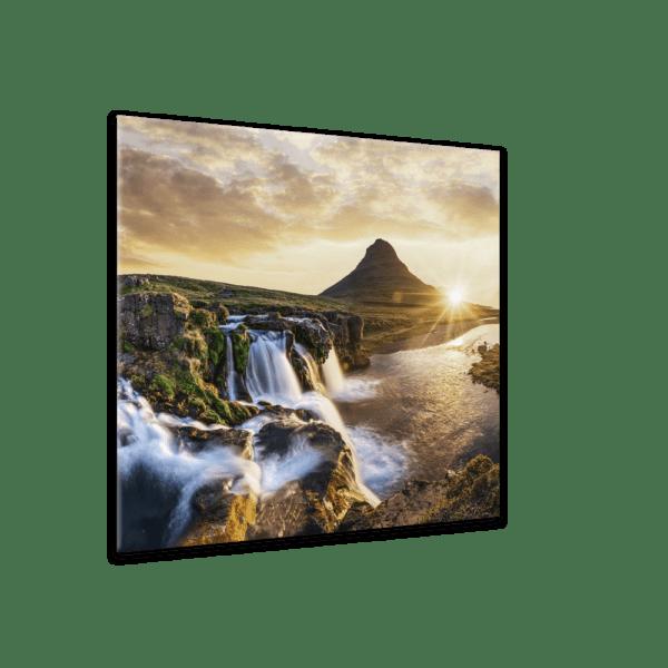 Glasbild Die Schönheit Islands Ansicht schräg