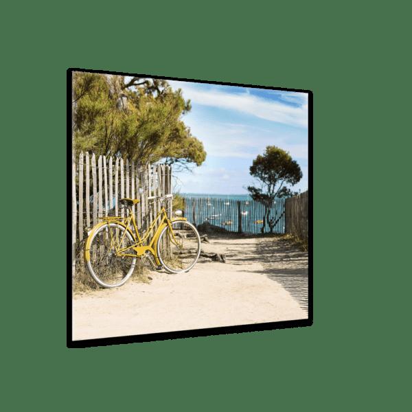 Glasbild Yellow Bike Ansicht schräg