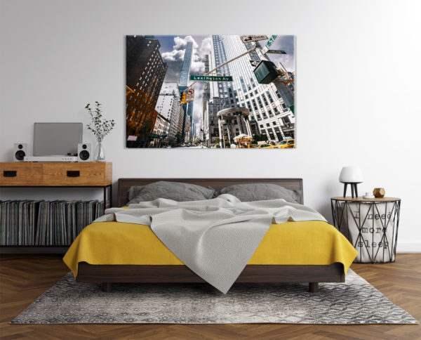 Glasbild Lexington im Schlafzimmer