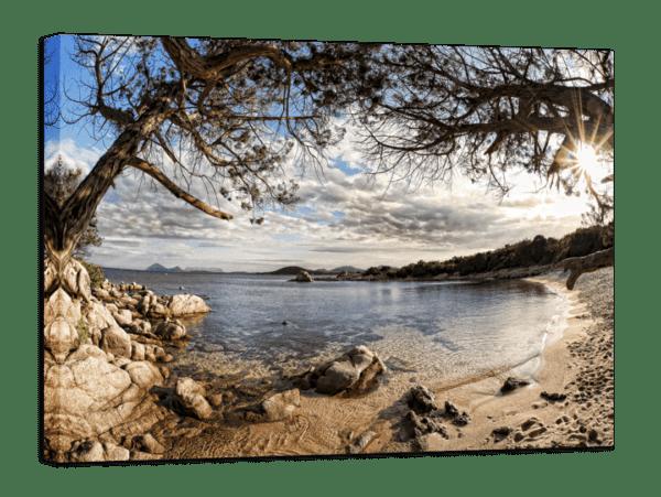 Leinwandbild Sardinien – Panorama Ansicht schräg