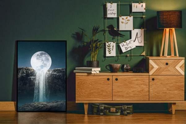 Artbox Moonfall im Wohnzimmer